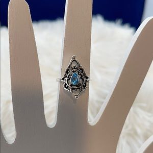 Brand new blue stone ring size 6